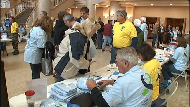 Tulsa Church Members Spend Day Doing Service Projects