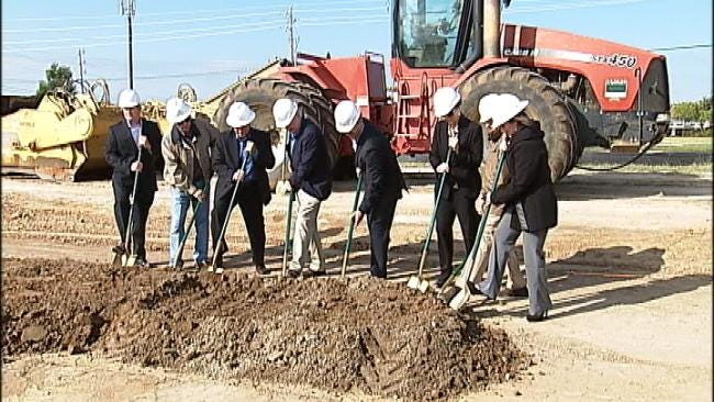 New Sprouts Farmers Market Breaks Ground In Bixby
