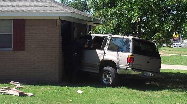 SUV Crashes Into Midtown Tulsa Daycare