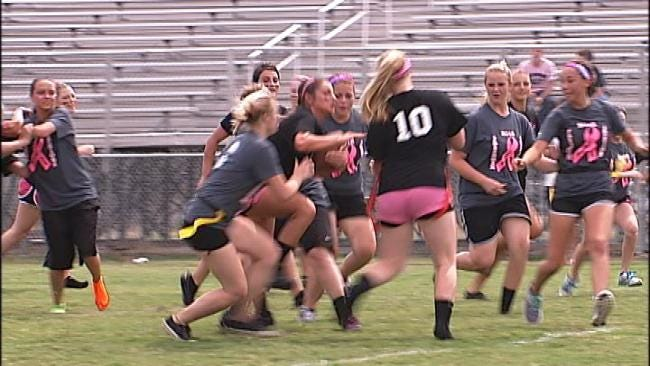 Mounds Girls Hit The Gridiron For Breast Cancer Awareness