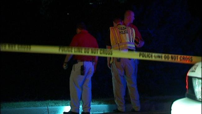 Police Investigate After Guard Finds Body Lying In Tulsa Street