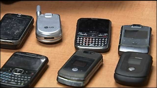 Despite Reforms, Federal Cell Phone Program Still Plagued By Fraud