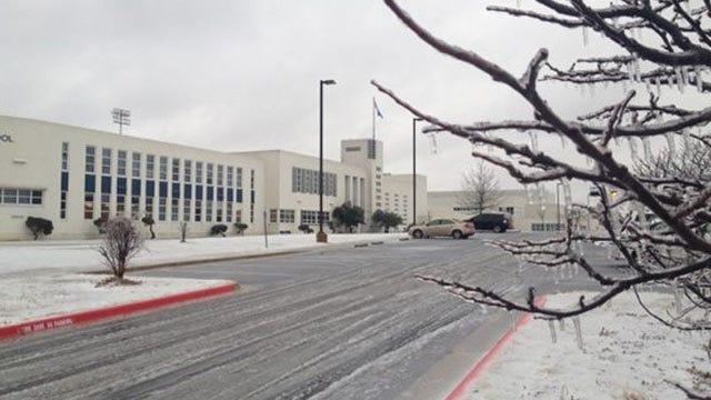 Freezing Rain, Sleet Prompts School Closings Across Northeastern Oklahoma