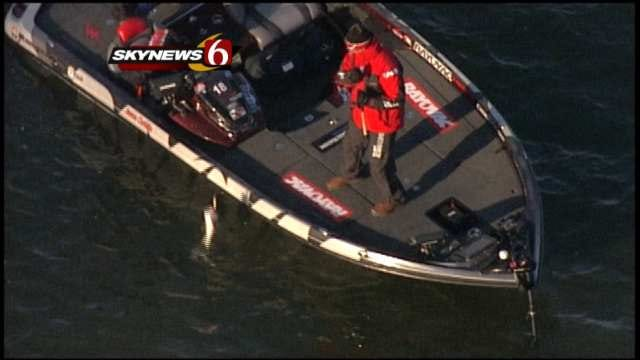 Oklahoma Anglers Successful In First Day Of Bassmaster Classic