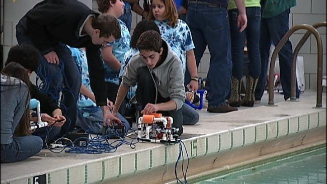 Tulsa Students Take Underwater Robot Challenge