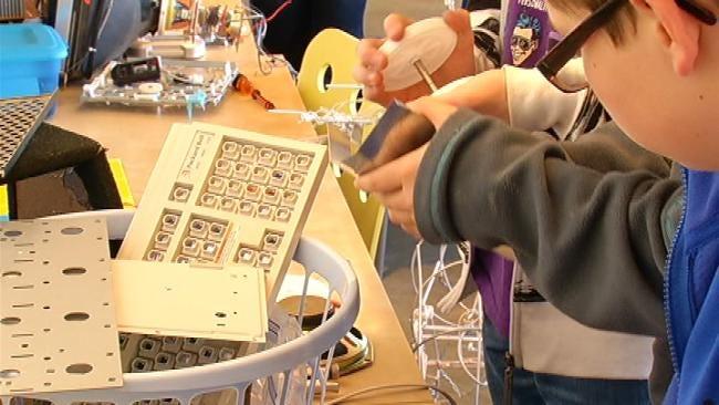 Students Turn Broken Appliances Into Art At Fab Lab Tulsa