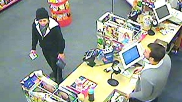 Owasso Police Seek Two People In Burglary, Use Of Stolen Credit Cards