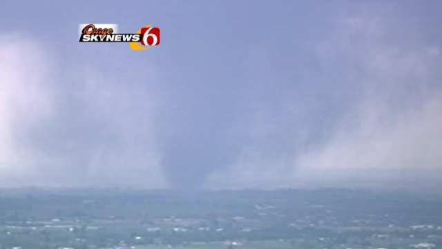 Storm Chasing Becoming Increasingly Dangerous, Even For Pros