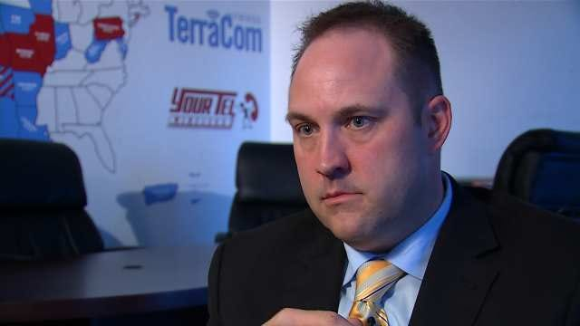 6 Investigates Goes One-On-One With Free Cell Phone Provider