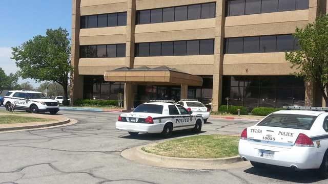 Tulsa Police Investigate Bank Robbery