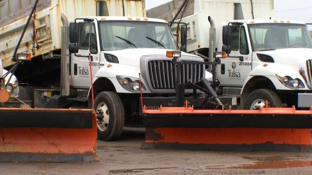 Tulsa Road Crews, Grocery Shoppers Gear Up For Icy March Weekend