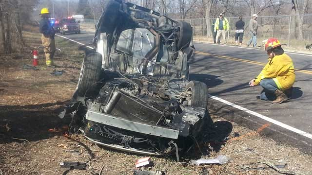 Teenagers Flown To Hospital After Car Crashes Into Tree In Rogers County