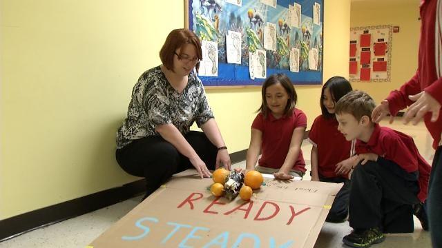 Tulsa Second Graders Create Edible Lunar Vehicles