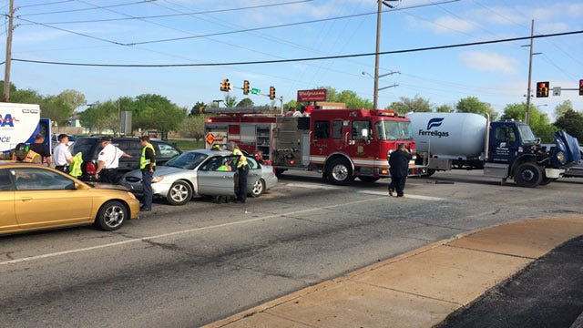 Police: Driver Ran Red Light Causing Tulsa Crash
