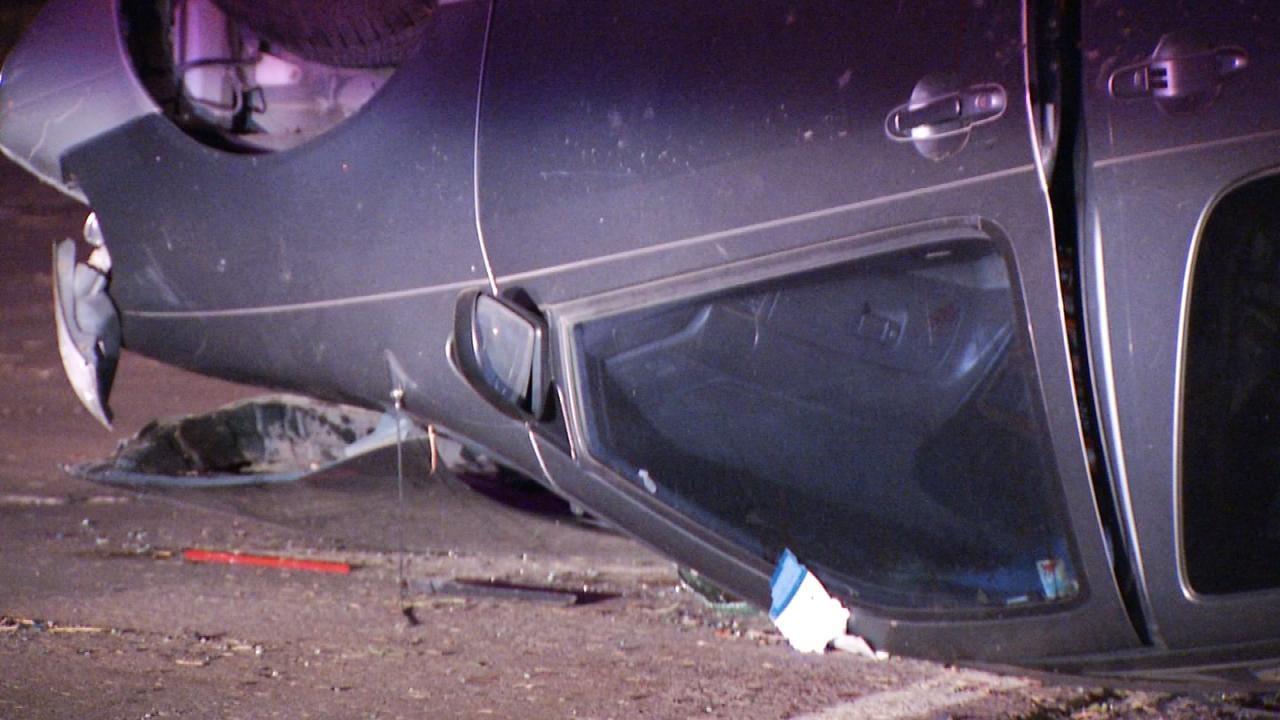 Distracted Driver Rolls Minivan, Tulsa Police Say