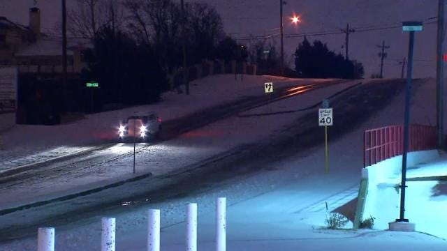 Tulsa Street Crews Respond To Winter Weather