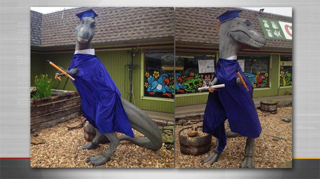 Missing: 9-Foot Tall Dinosaur Stolen From Bartlesville Pet Store