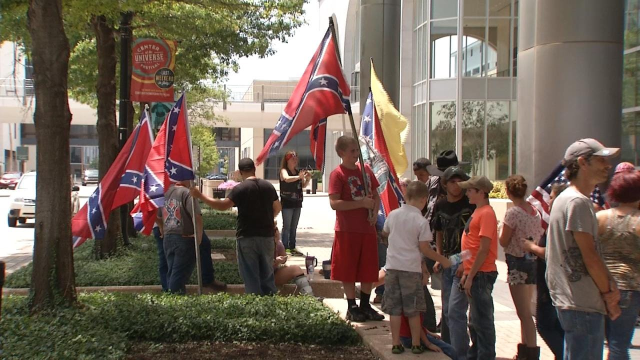 Rebel Flag Rally Held In Tulsa
