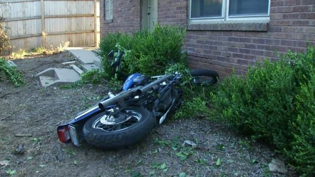 Tulsa Homeowner Finds Wrecked Motorcycle In Yard