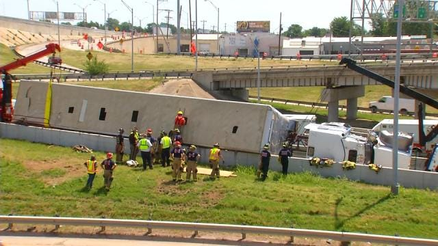 Crews Work All Day To Clean Overturned Cattle Truck On Tulsa Highway