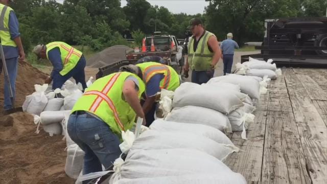 Okmulgee County Offers Bags And Sand To Residents