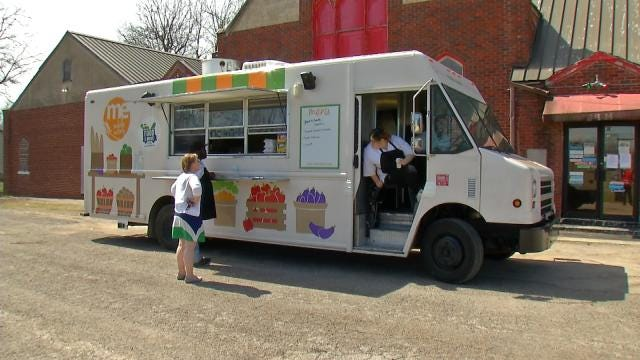 Food Bank's Mobile Eatery Feeds Hungry Oklahomans During Spring Break