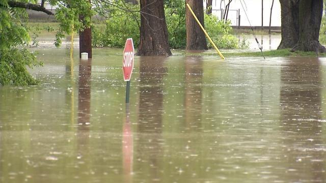 Sapulpa Families Evacuated From Flooded Neighborhood