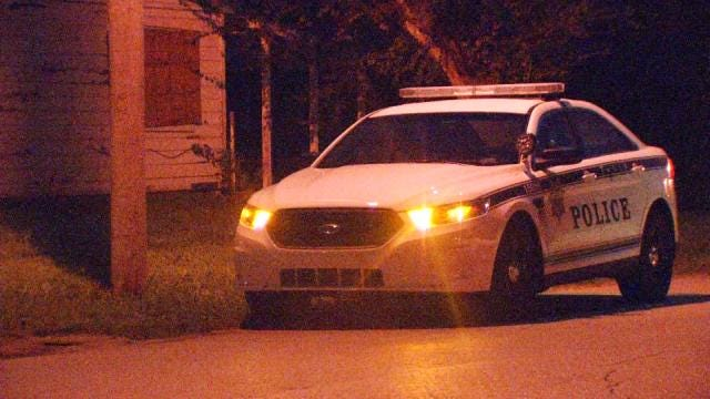 Random Shotgun Blast Hits Tulsa Home, Police Say