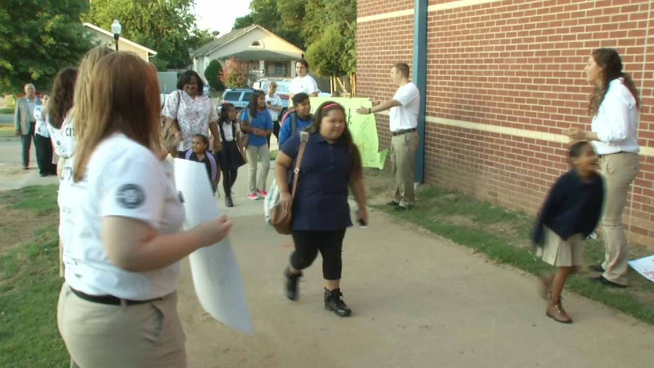 OK School Districts Welcome Back Students From Summer Break