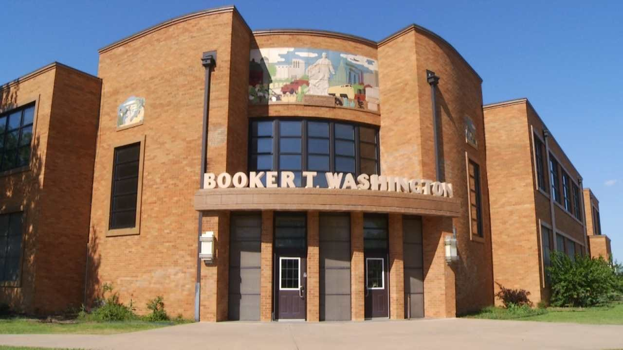 Tulsa Public Schools Treats Booker T. Washington For Bed Bugs