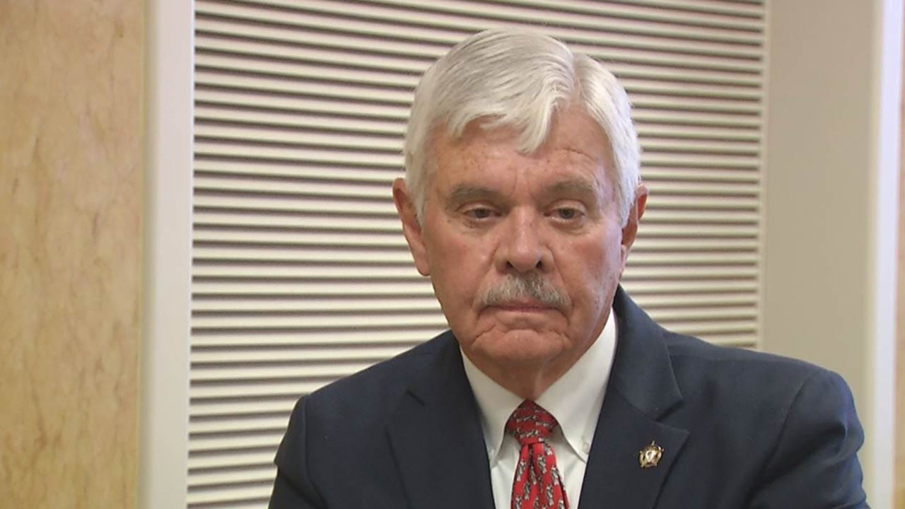Judge Denies Request To Dismiss Charge Against Former Sheriff Glanz