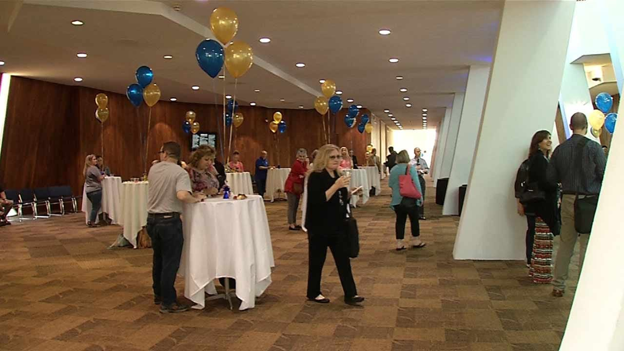 ORU Students Hold Inaugural 'Honoring Teachers Celebration'