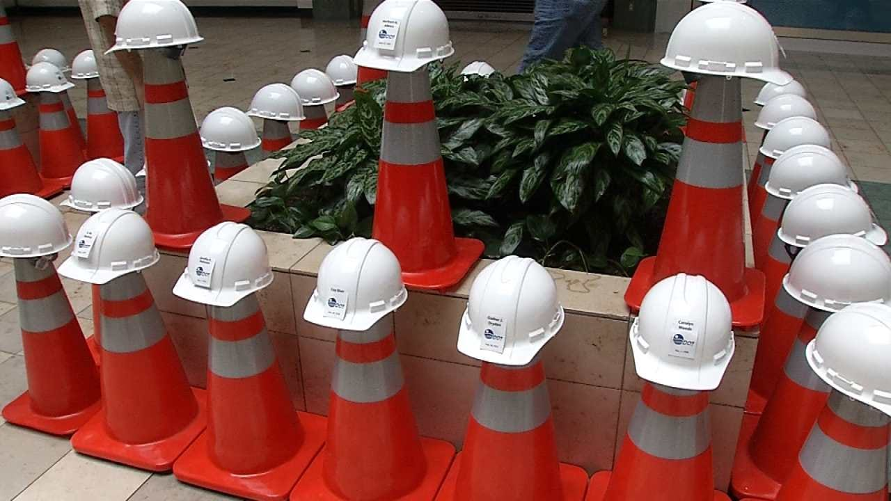 Memorial Displayed At Tulsa Mall For Work Zone Fatalities