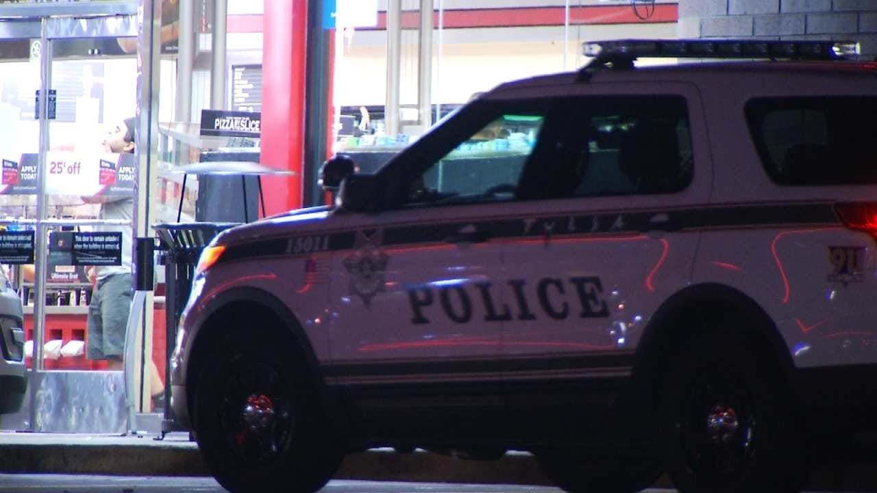 Armed Man Robs Tulsa Convenience Store