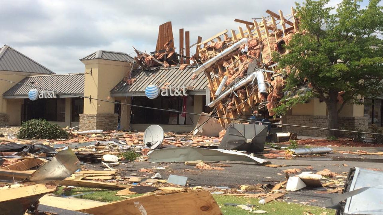 Looters A Problem As Tulsa Businesses Try To Repair After Storm Damage