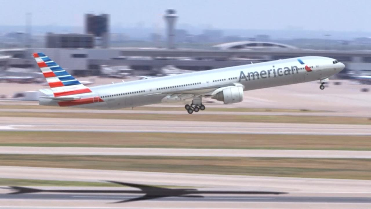 American Airlines Issues Travel Alert In Response To Hurricane Dorian