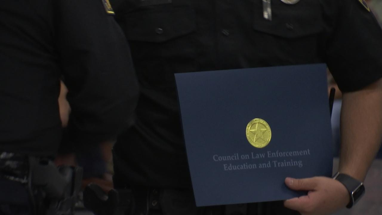 Glenpool PD Graduates Largest CLEET Class Ever