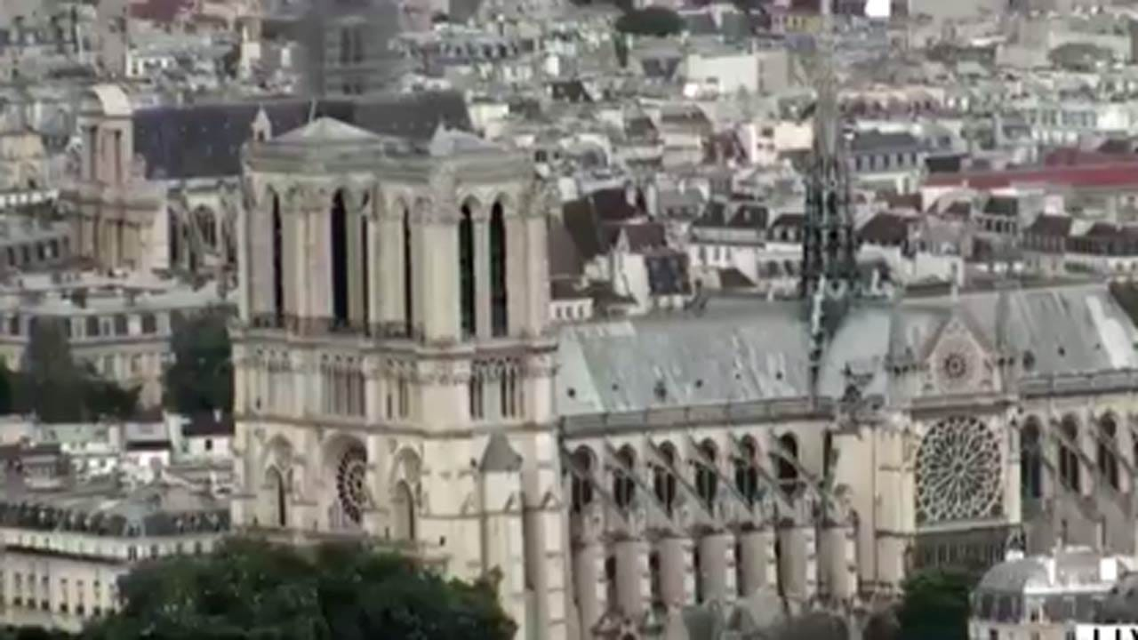 Man Shot By Police Near Notre Dame Cathedral