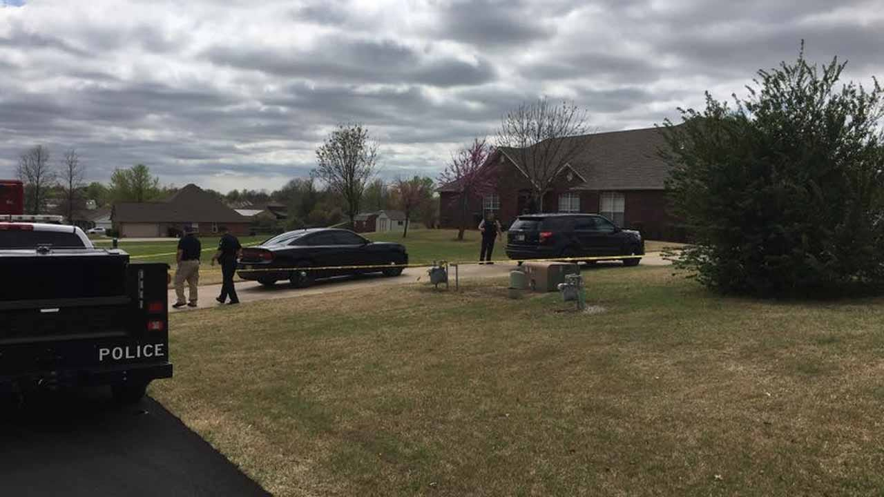 Three Teen Burglars Killed By Broken Arrow Homeowner's Son, Deputies Say
