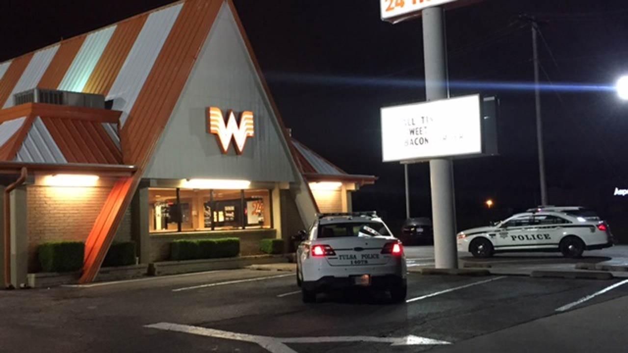 Running Robber Drops Cash Stolen From Tulsa Restaurant
