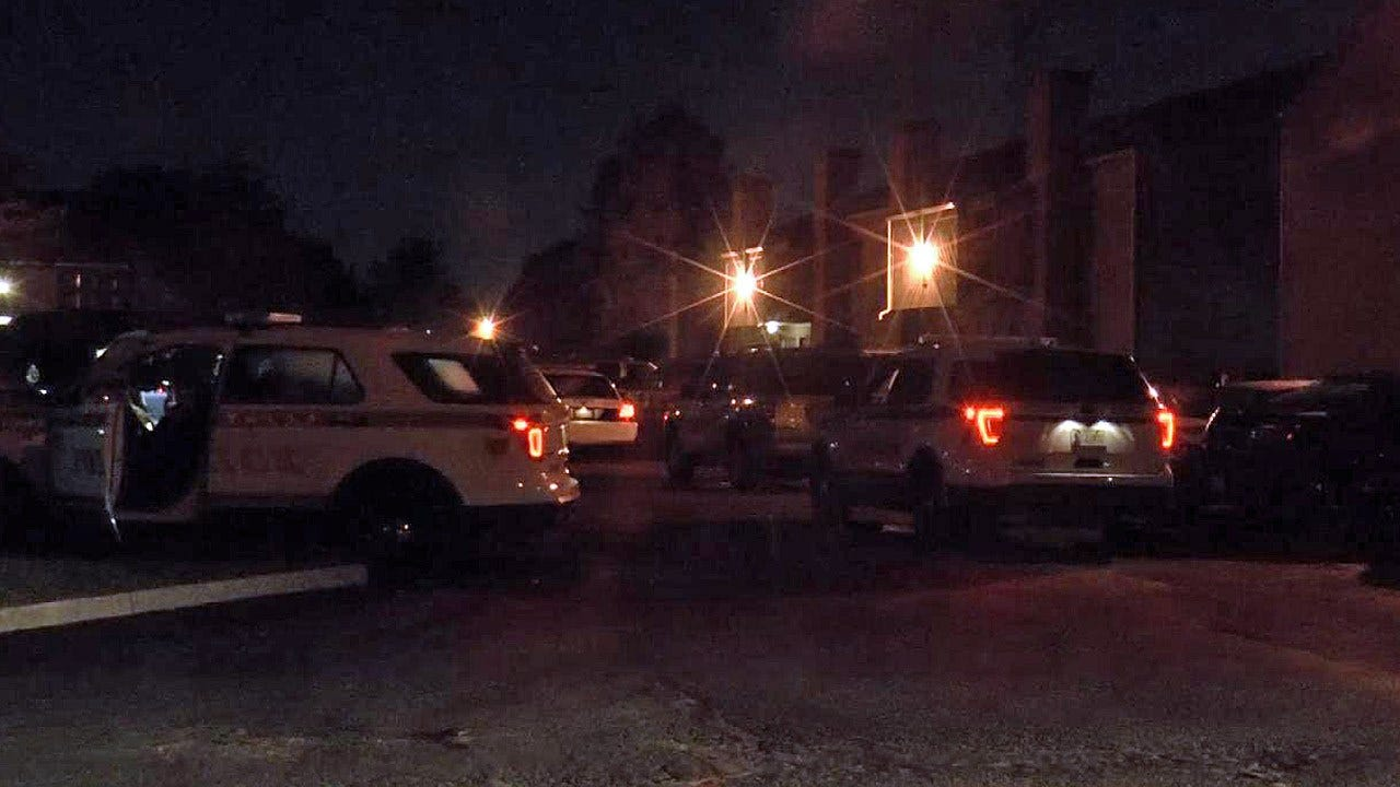 Woman Dies After Being Shot During Attempted Robbery