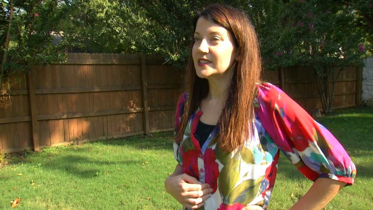 Tulsa Woman Out For $1,000 For Fence Work