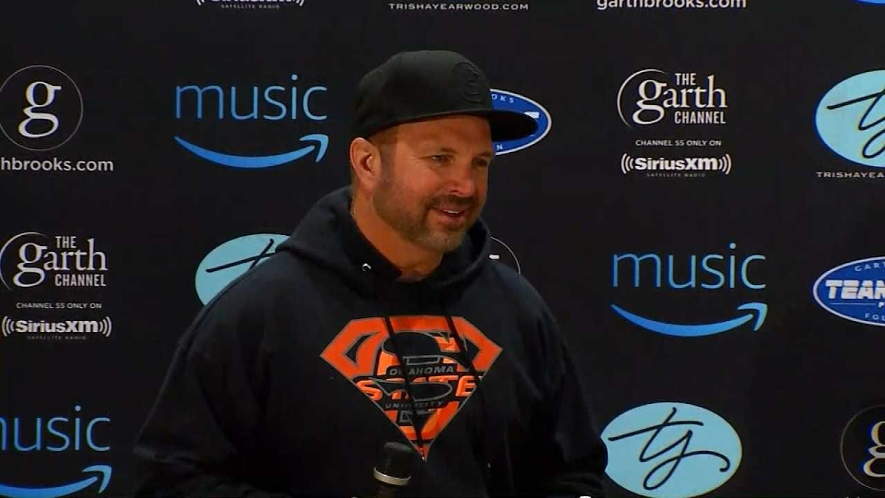 Garth Brooks To Release Autobiography
