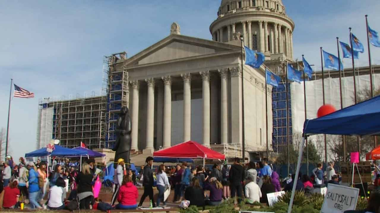 Oklahoma House, Senate Adjourn With No New Action On School Funding