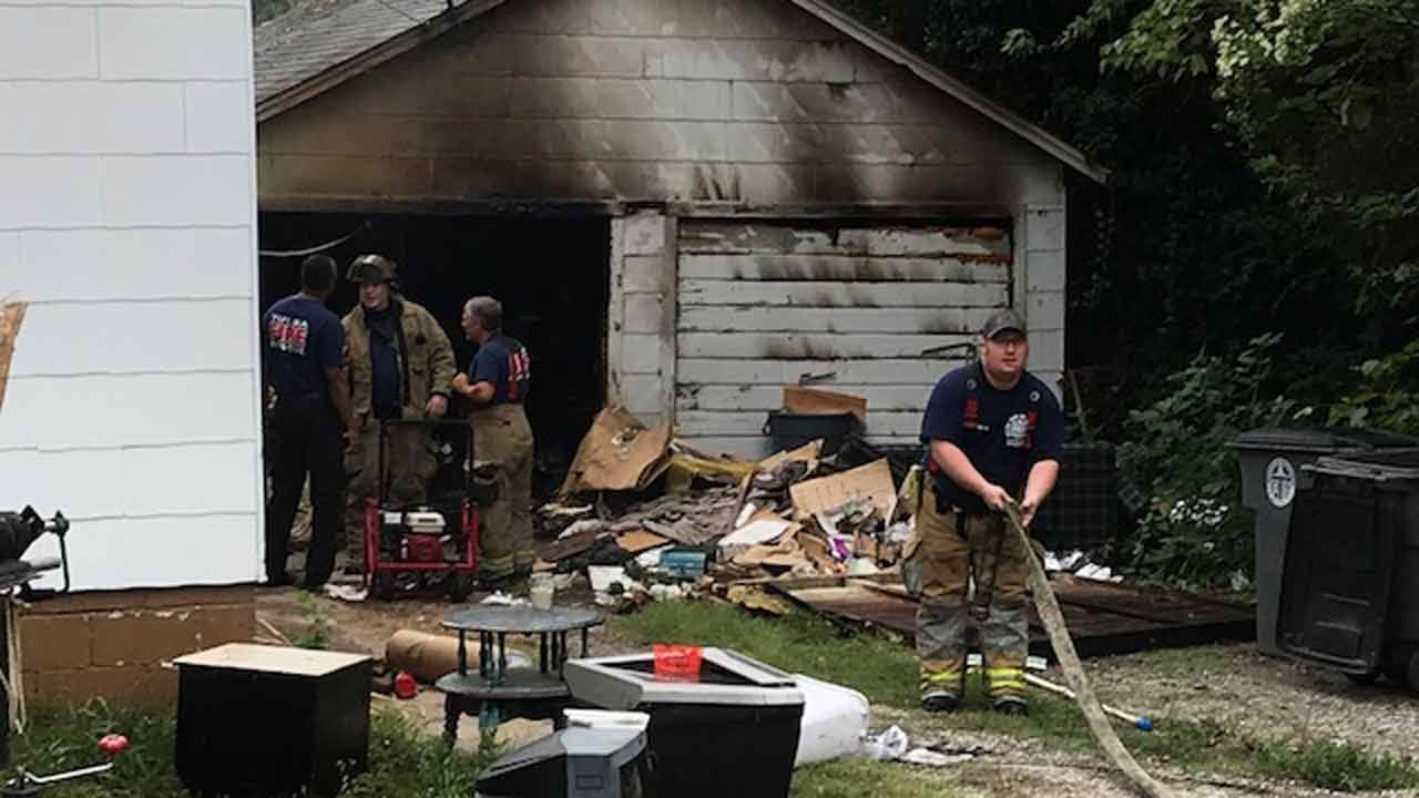 Tulsa Firefighters Put Out Garage Fire
