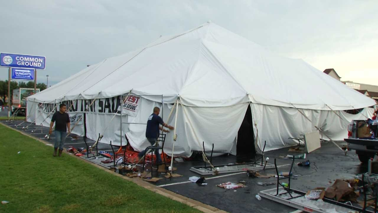Storm, Looters Hit Tulsa Sporting Good Store Tent Sale