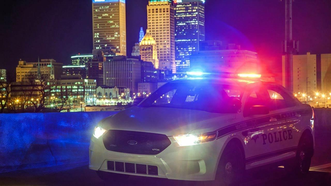 2 Arrested After Man Robbed, Truck Stolen At Tulsa Motel