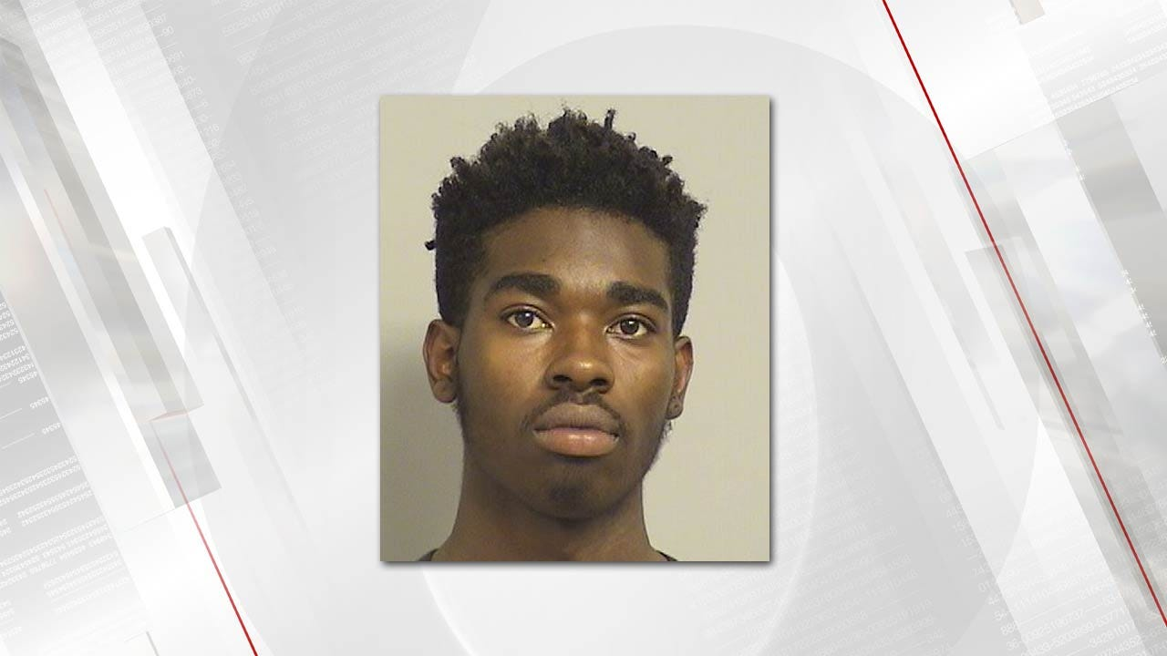Two Arrested For Robber Outside Tulsa QuikTrip