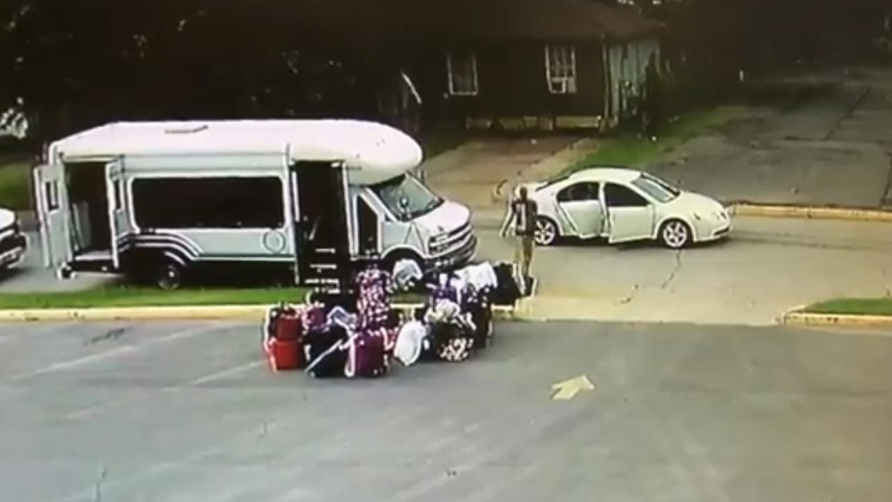 Luggage Stolen From Oklahoma Kids Heading To Camp