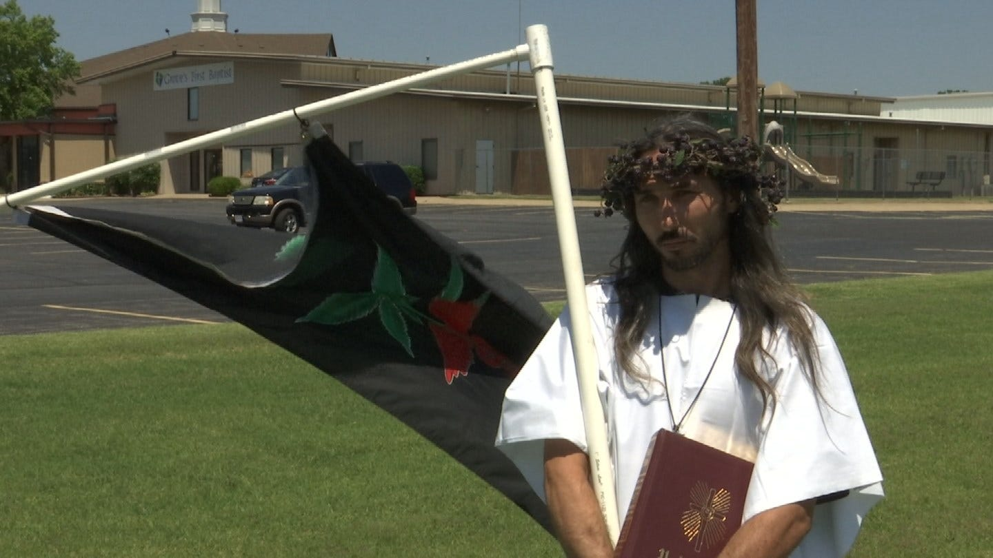 'The Hemp Father' Protests Anti-Marijuana Sign At Grove Church